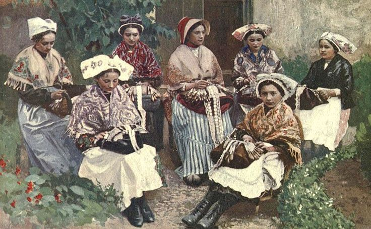 A group of lace makers
