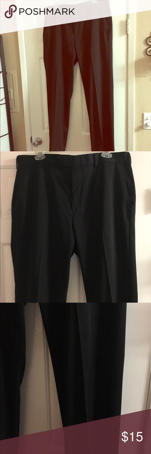 MENS BLACK SLACKS SIZE 36x32 AXIST MENS BLACK SLACKS.  GREAT CONDITION NO SIGNS OF WEAR. SIZE 36x32 axist Pants Dress