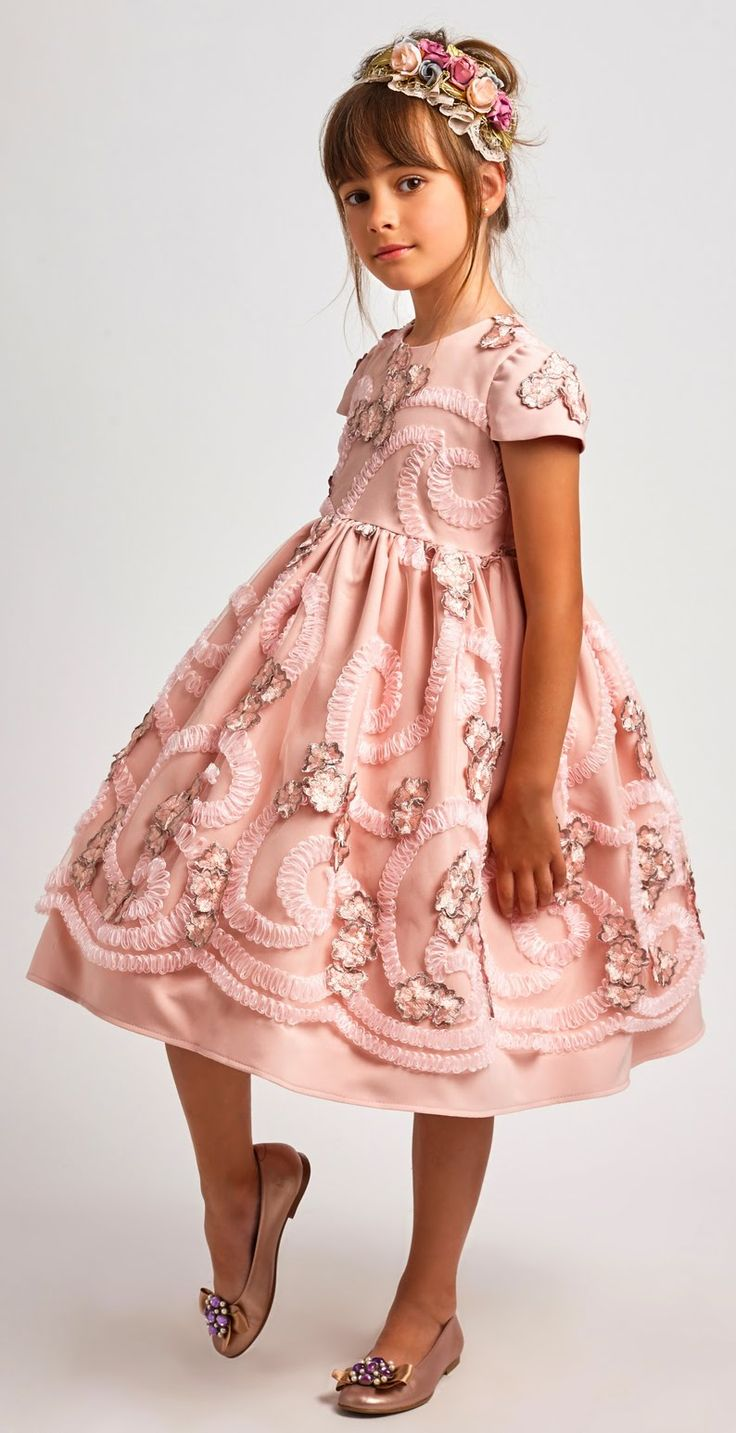 ALALOSHA: VOGUE ENFANTS: Must Have of the Day: Dreamy Dresses by Graci SS'17