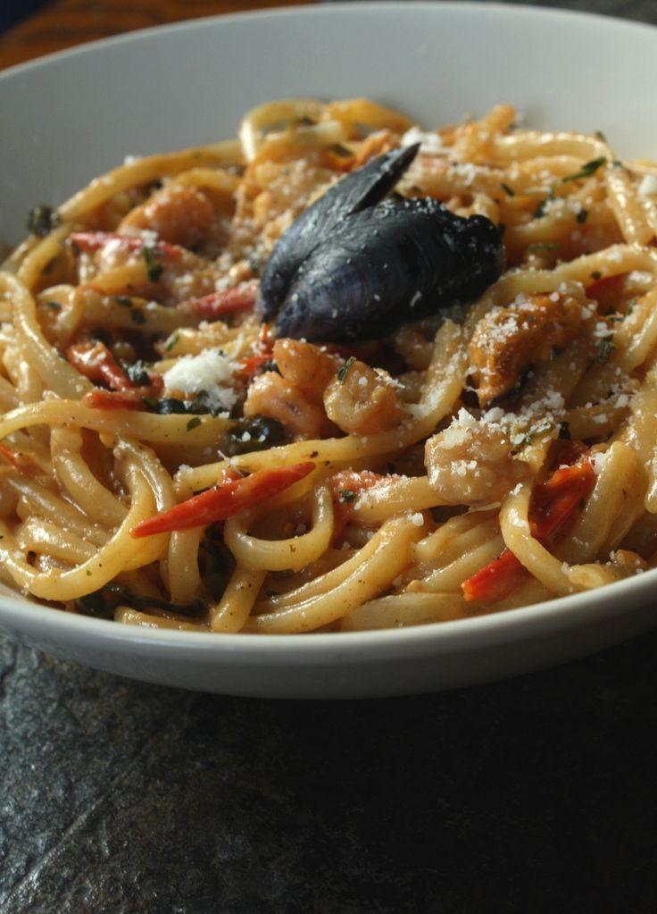 Les 25 meilleures id es de la cat gorie linguine aux fruits de mer sur pinterest p tes aux - Pates aux fruits de mer recette italienne ...