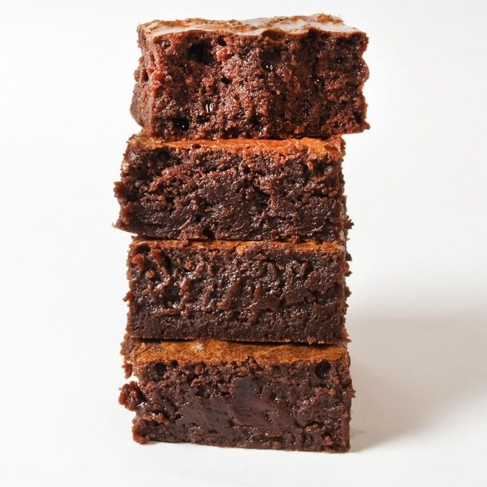 This is the chewy brownie flop that converted me, after decades of fudgy brownie aversion, to fudgy brownie LOVE.