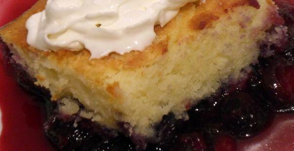 ★Recettes★ Gâteau-Pouding aux Bleuets - Un brownie avec des oeufs fondants Cadbury