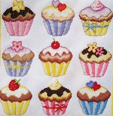 Cup cakes cross stitch