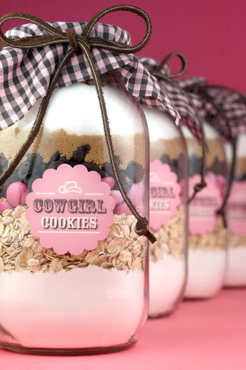 Cowgirl Cookies | Mason Jar Cookie Mix | Crafts from putitinajar.com + mason jars, mason jars, mason jars.