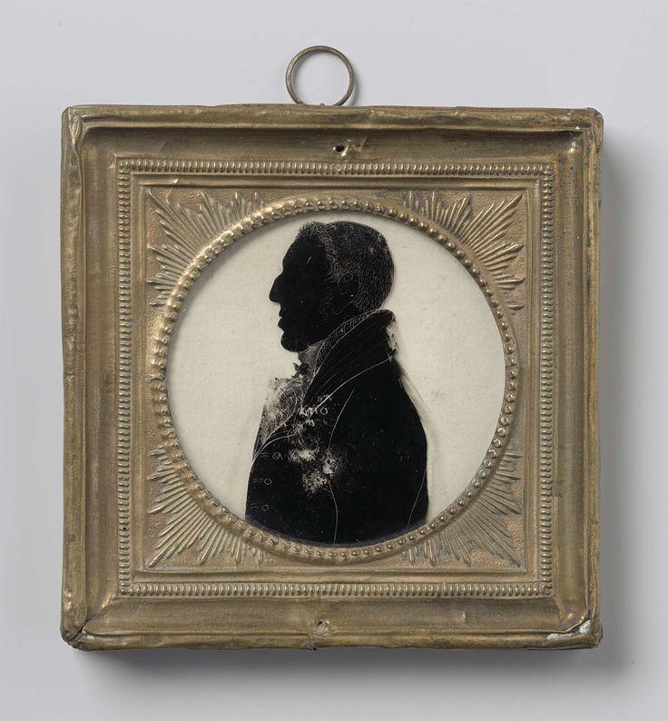 Anonymous   Silhouet portret van Arthur Wellesley, Duke of Wellington (1769-1852), Anonymous, c. 1810 - c. 1820   Silhouet portret van Arthur Wellesley, hertog van Wellington (1769-1852). Buste, in profiel naar links. Onderdeel van de collectie portretminiaturen.
