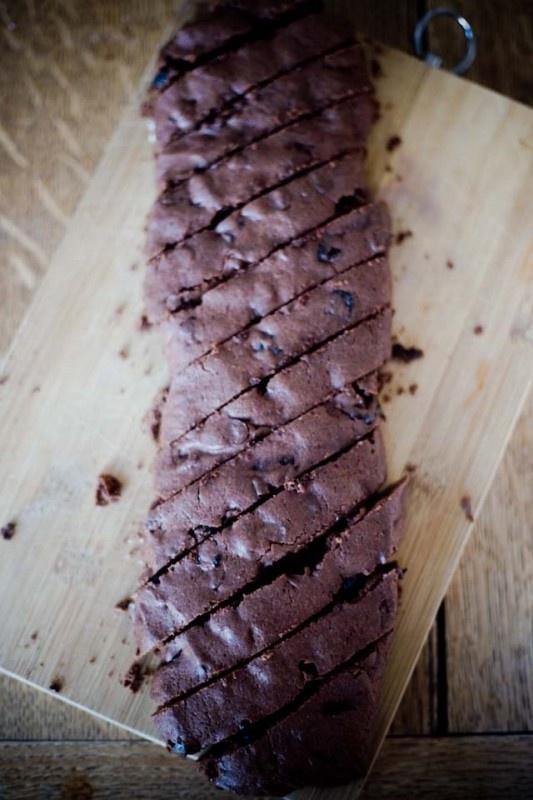 Chocolate Cherry Biscotti   food   Pinterest