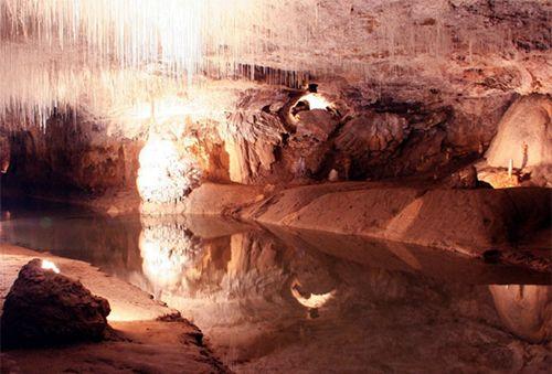 17 Tempat Wisata di Kebumen Yang Mempesona