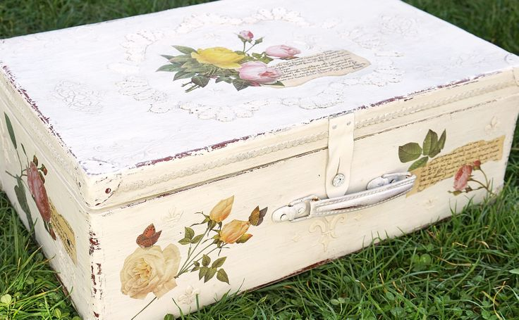 Price: $ 300 One century case <3  Made by: Our House Decoupage Studio e-mail: ourhouseart@gmail.com f: www.facebook.com/ourhousedecoration