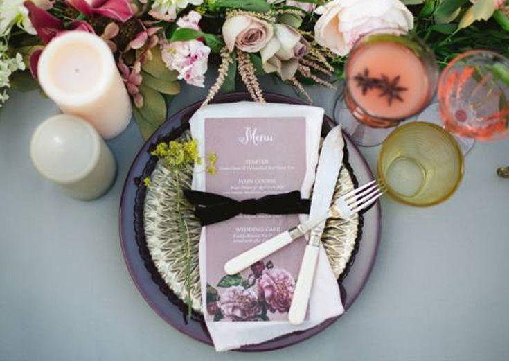 #AppleberryPress. Pink wedding, pink wedding menu, pink and grey wedding, floral wedding stationery, romantic stationery, romantic wedding theme. www.appleberrypress.com