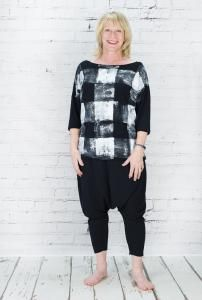 la160011 - Latte Top @ Walkers.Style buy women's clothes online or at our Norwich shop.