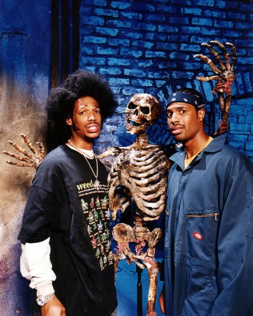 Marlon and Shawn Wayans in Scary Movie 2