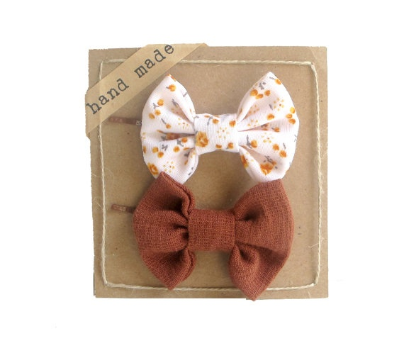 Hair bows: Hair Bows Holders, Hairs, Hairbows Packaging, Bows Hair, Hair Headbands Bows, Hair Accessories, Hair Clip, Bobby Pin Hair, Bows Ideas