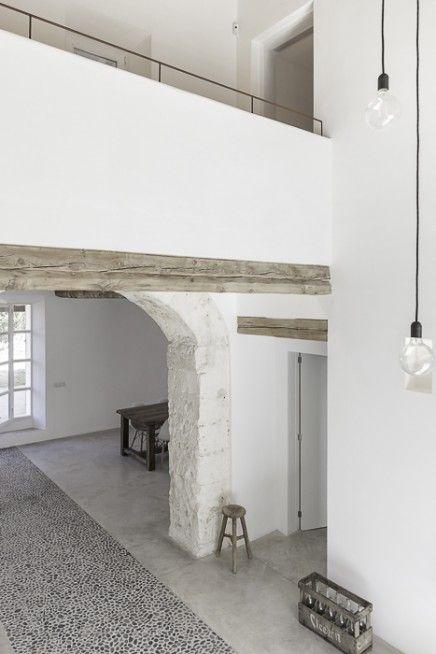 Raw Wood & Sleek Walls