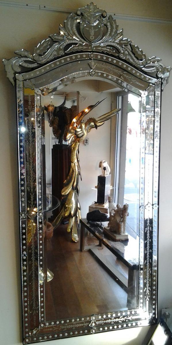 Tres grand miroir venitien galerie mai 68 proantic for Miroir venitien