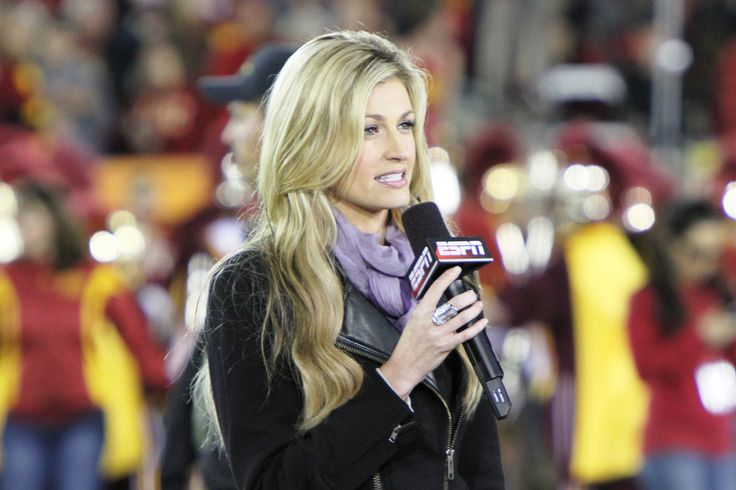 Sportscaster Erin Andrews Nude Video Update: $55 Million For Damages Sustained - http://www.morningnewsusa.com/sportscaster-erin-andrews-nude-video-update-55-million-damages-sustained-2362788.html