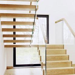 www.trabczynski.com Trąbczyński schody nowoczesne dywanowe ST910 / Trabczynski Floating Modern Stairs ST910 #schodynowoczesne #modernstairs #floatingstairs #woodenstairs #stairs