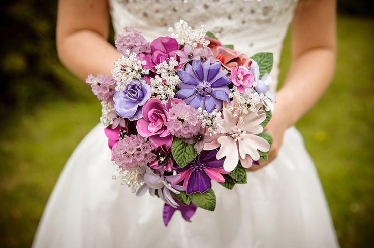 Set of wedding brooch bouquet  and boutonniere - Purple Sweetness - fresh cut flower style. $625.00, via Etsy.