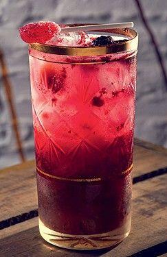 Drinque com pirulito (Foto: Alexander Landau/Divulgação)