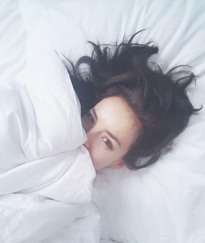 Ráno dokáže ovlivnit celý den. Ať už jste ranní ptáčata, nebo v posteli bojujete o každou minutu, možná vás budou inspirovat brzké rituály inspirativních lidí. Ty své představuje Gabriela Lašková, moderátorka hlavních zpráv televize Prima.