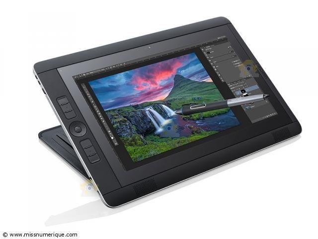/WACOM tablette de création professionnelle Cintiq Companion 2 Standard 128 Go  Tablette tactile numérique et tablette graphique (l'ipad pro à tout copié en faisant moins bien mais moins cher) 1599€ à 2900€