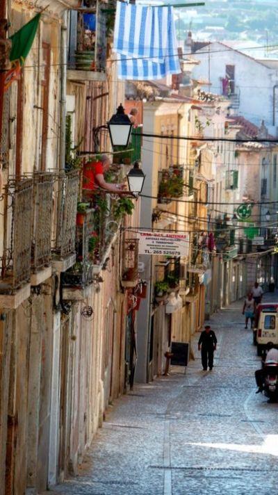 Setubal- Portugal QUE TRANQUILIDAD, CAMINARÍA MIL VECES POR ELLA.