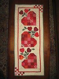 Best 25+ DIY Valentine's table runner ideas on Pinterest | Table ... : free valentine quilted table runner patterns - Adamdwight.com