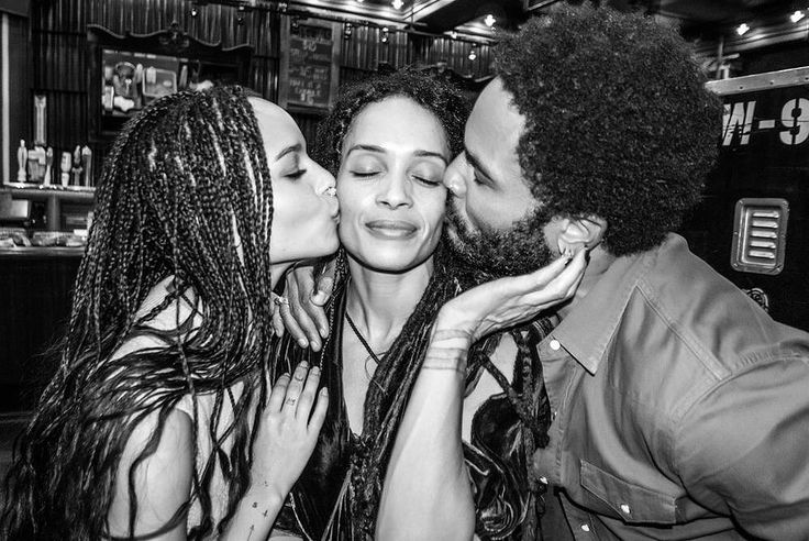 Lenny Kravitz shared the most adorable photo with his ex-wife Lisa Bonet and their daughter, Zoë Kravitz.
