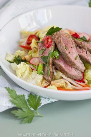 Asiatischer Salat mit Rindfleisch