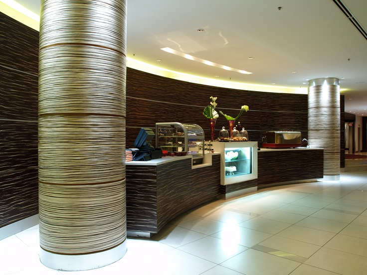 Hotel - Crowne Plaza Johannesburg - The Rosebank - Situated in our Lobby we have a our Rosebank Cafe. Good meeting place for a hot cup of coffee.