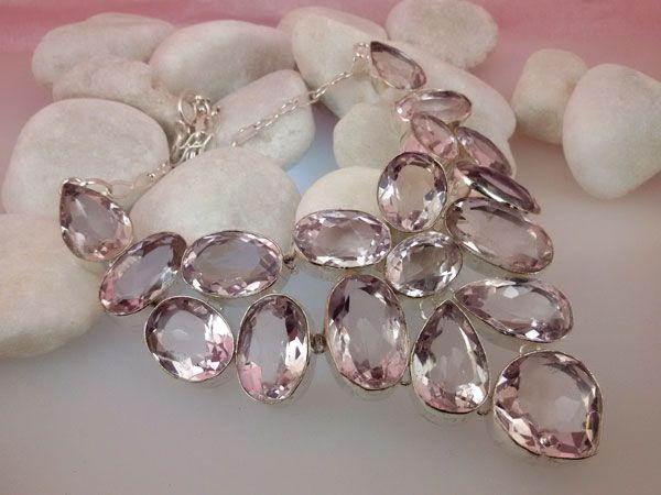 Collar de plata y gemas facetadas de Topacio Rosa.