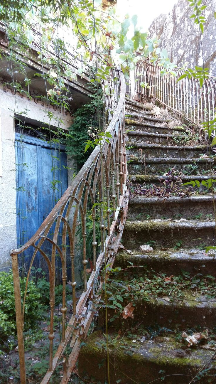 Lugares abandonados. A Insua Ponte Caldelas. Pontevedra.