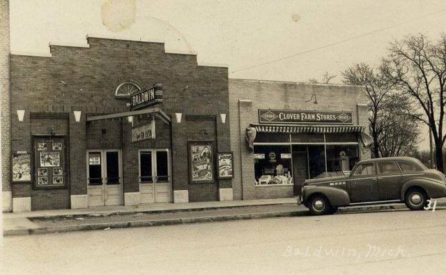 Baldwin Michigan   Baldwin Theatre - 1940 PHOTO FROM PAUL
