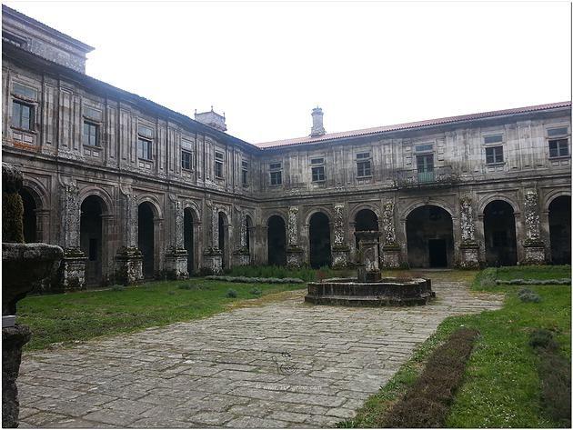 Turismo y PEREGRINACIÓN Camino de Santiago a Medida   Monasterio de Santa María la Real de Oseira