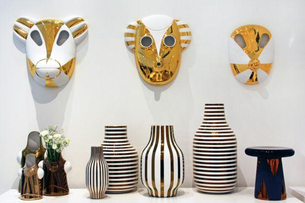Коллекция изделий из керамики от дизайнера Jaime Hayon  Jaime Hayon знаменит своими оригинальными моделями из керамики. На этот раз дизайнер создал коллекцию специально для итальянской компании «Bosa» и Maison et Objet 2014. В нее вошли уникальные расписные столы, вазы и всевозможные керамические статуэтки. Все изделия выполнены вручную с применением высоких технологий и сверхпрочных красителей.    керамика, дизайн