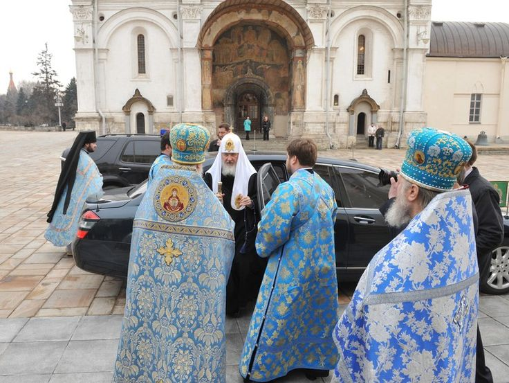 "РПЦ отказалась пересадить патриарха Кирилла на ""Ладу Калину"" - Anews"