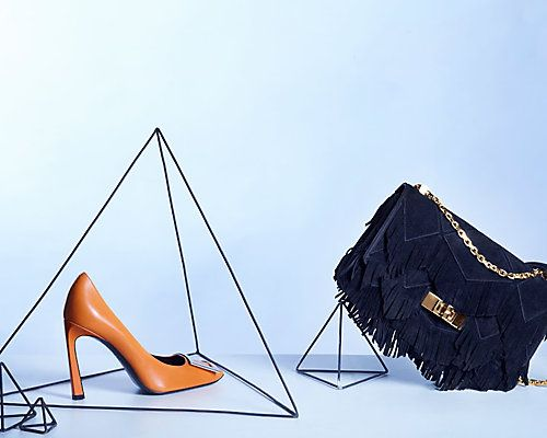 Rue La La — $500 Toward Exclusive Luxury Collections $500 Toward Exclusive Luxury Collections from The Luxer Online  Tod's. Fay. Roger Vivier. Consider this website your passport to Europe's most sought-after designer style. $350.00 for $500.00 from The Luxer Online