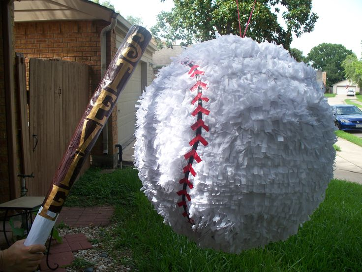 Custom Pinatas for Astros fans in Houston 832-889-4797 Mary  http://houstonpinatas.com Pinatas in Houston Texas.
