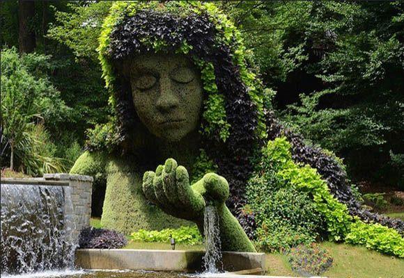 Топиари или живые цветочные скульптуры