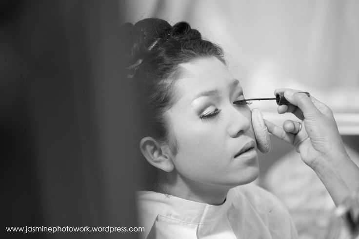 #makeup #weddingpreparation #photoshoot Ika's #weddingday in #yogyakarta |  #photograph by #jasminephotowork | info: +6287839024507 / +6287860019495 / BBM 747274E1 | email: jasminephotowork@gmail.com |  #jogjaweddingphotography #weddingphotographeryogyakarta #indonesiaweddingphotographer #weddingphotos #weddinginjogja #fotograferpernikahan #fotowedding
