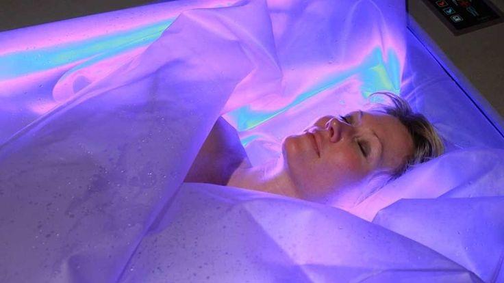 Ifølge produsentene av DRY FLOAT og hudterapeut og spa-leverandør, Anita Skaug, skal 25 minutters søvn i denne flytetanken tilsvare rundt tre timers søvn i vanlig seng.