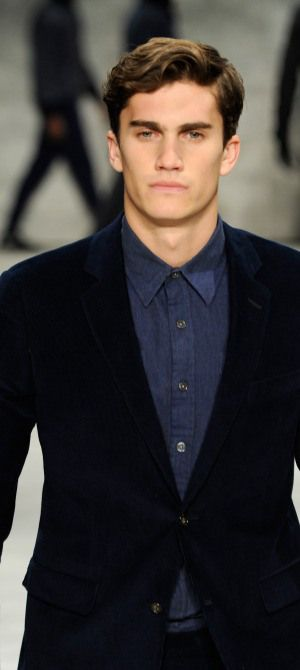 The hottest male models from New York Fashion Week!