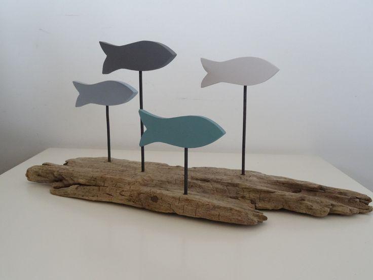 Décoration banc de poissons bois flotté : Accessoires de maison par c-driftwood http://www.alittlemarket.com/boutique/c_driftwood-1849323.html