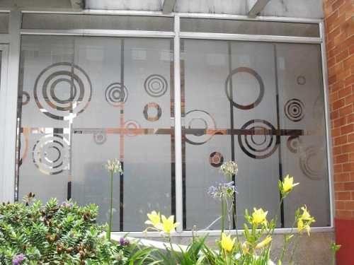 decoracion-para-ventanas-o-puertas-de-vidrio-esmerilada-13115-MCO20072202515_032014-O.jpg (500×375)