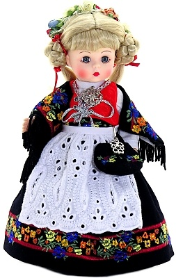 Madame Alexander Dolls - Norway - by Matilda Dolls