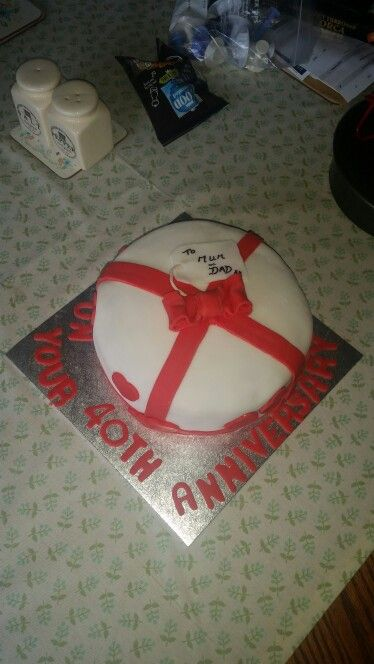 40th wedding anniversary cake, red velvet with vanilla buttercream think it turned out well ☺