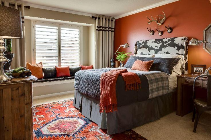 Pre-Teen Boys Room, orange accent wall