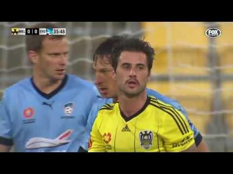 Wellington Phoenix vs Sydney FC - http://www.footballreplay.net/football/2016/10/23/wellington-phoenix-vs-sydney-fc/