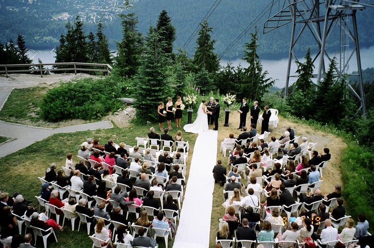 3 Bear Lookout - A gorgeous outdoor venue for your summer wedding at Grouse Mountain.