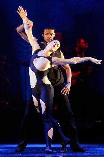 Ballet Revolución im Circus Krone in München: http://www.dermuenchenblog.de/veranstaltungen/zusatzvorstellungen-von-ballet-revolucin-im-circus-krone-muenchen/