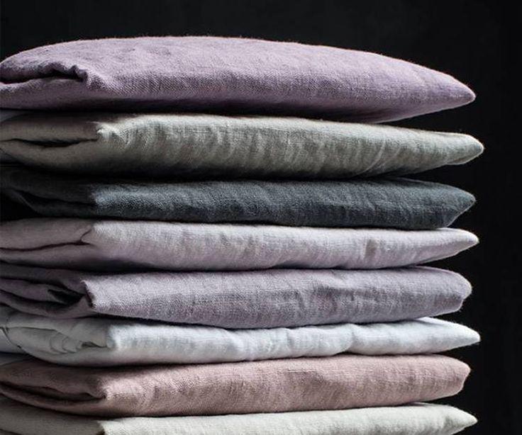 Het eigen merk van Puur Linnen garandeert een bijzondere kwaliteit dekbedovertrekken en lakens gemaakt van 100 % stonewashed linnen.